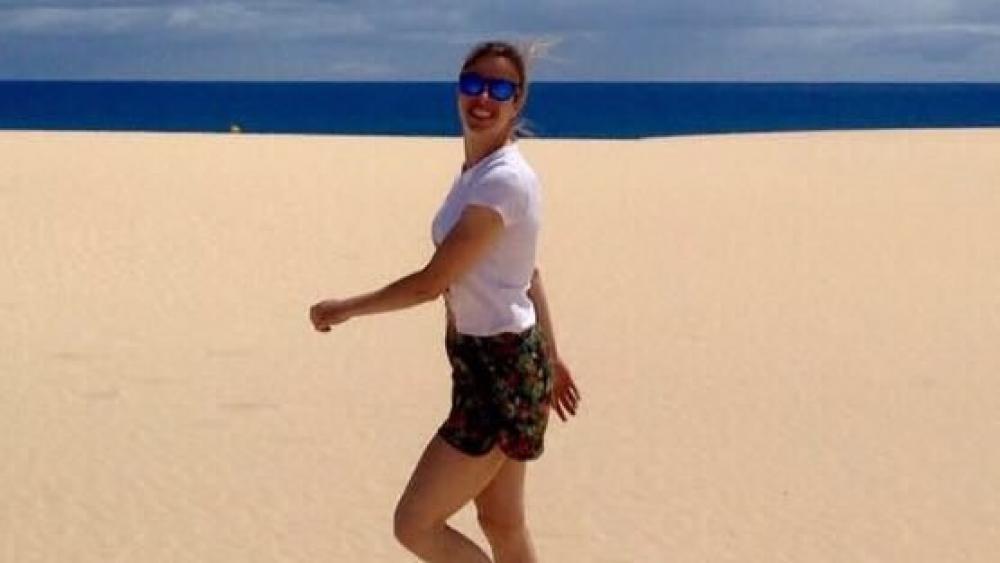 Carolina Kostner am Strand auf Fuerteventura. © Twitter