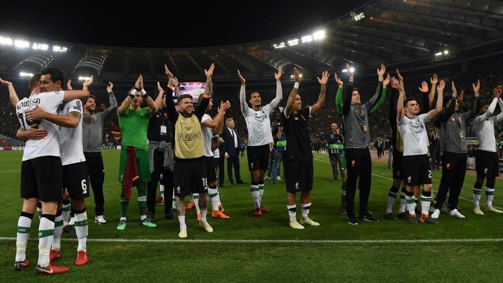 Fc Liverpool Feiert Knappen Sieg Arsenal Verliert London Derby