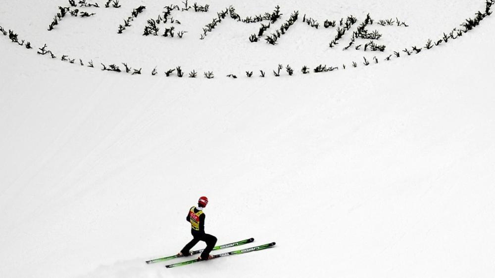 Die Skispringer machen wieder in Val di Fiemme Halt © SID / FILIPPO MONTEFORTE