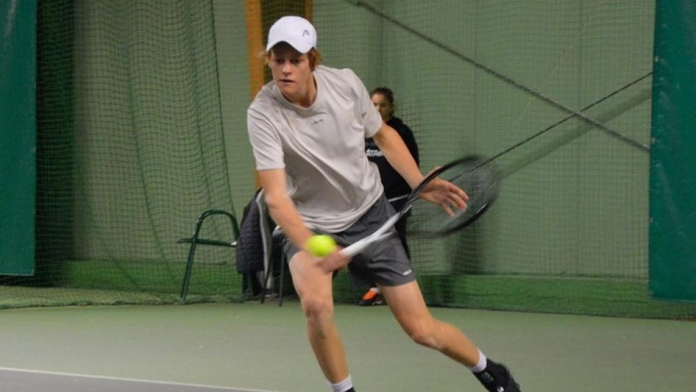 Jannik Sinner in Trient im Viertelfinale - Tennis ...