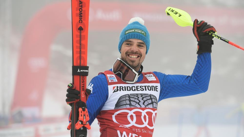 Ski-Star Peter Fill ist zum dritten Mal Vater geworden. © APA/afp / FABRICE COFFRINI