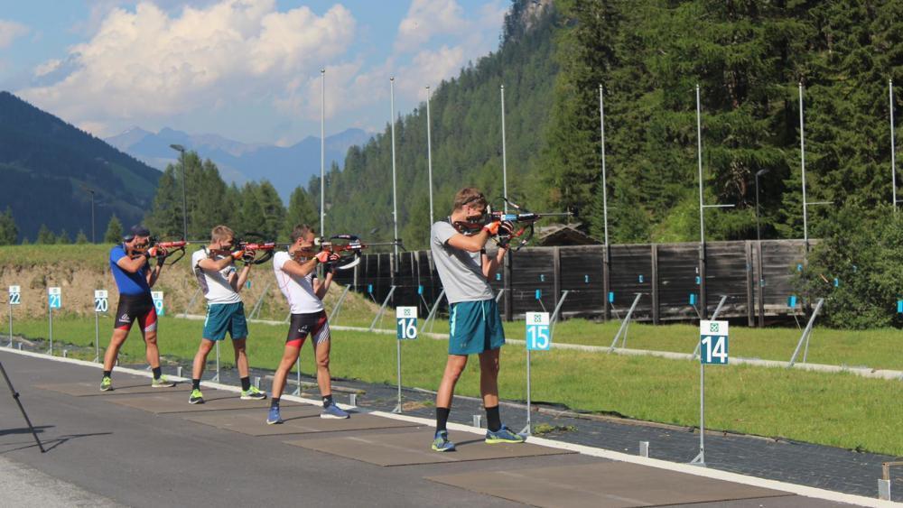 Die österreichischen Skijäger trainieren derzeit in Martell. © lm