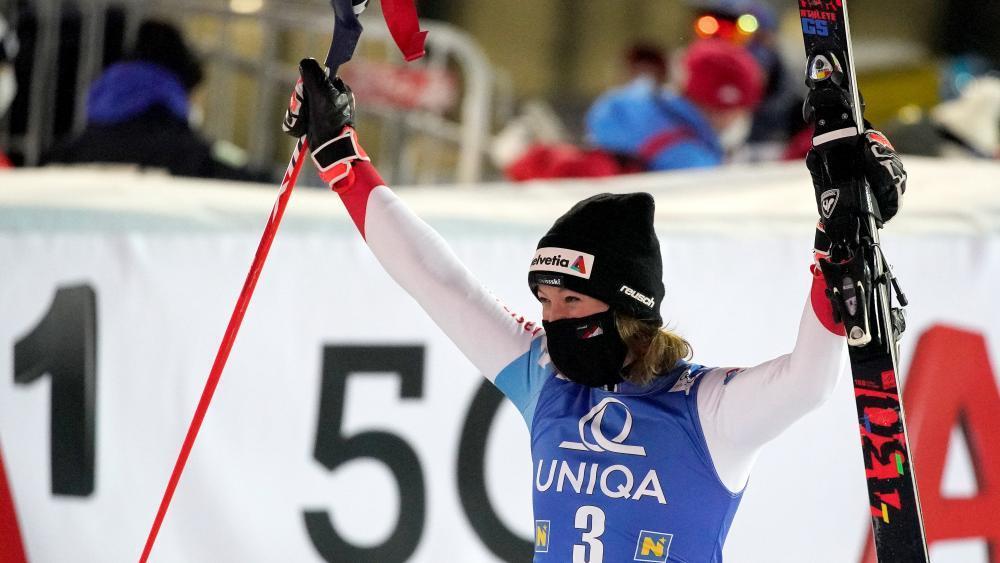 Michelle Gisin That S Crazy Alpine Skiing De24 News English