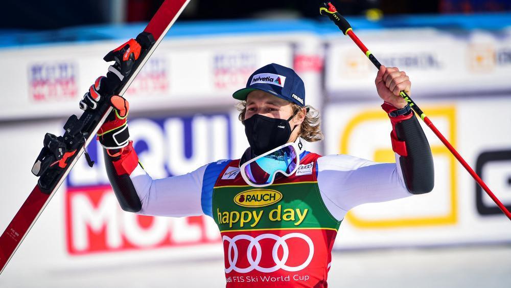 Gala-Vorstellung: Marco Odermatt kocht alle ab - Ski Alpin - SportNews.bz