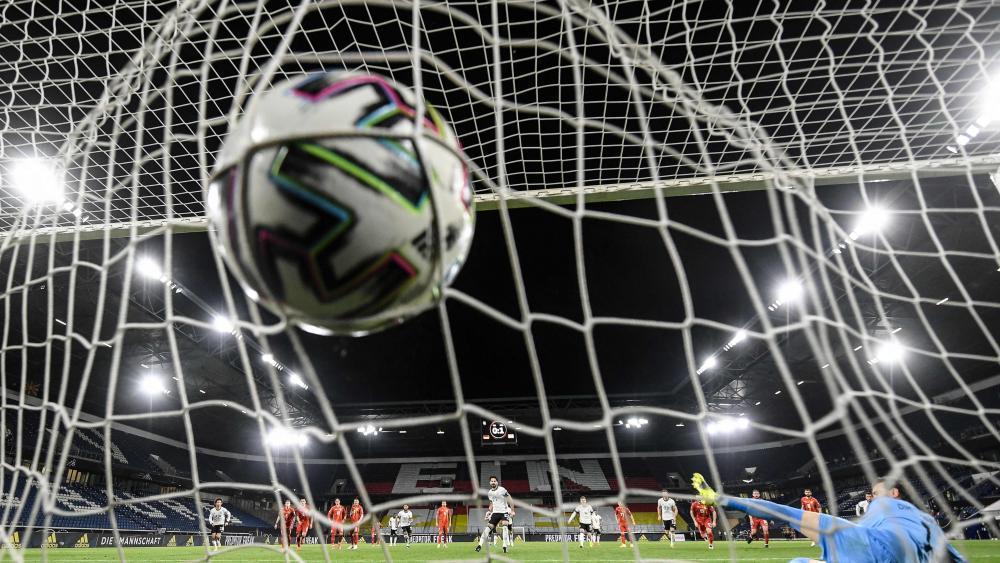Bald nur noch 60 Minuten? FIFA diskutiert kontroverse Regeln
