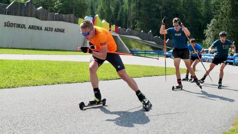 Lukas Hofer & Co. schlagen am Donnerstag am Lavazèjoch ihre Trainingszelte auf. © Lukas Hofer